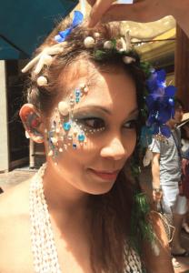 06works2 hawaii6@2x 100 min 208x300 - Hula Beauty in Hawaii