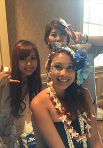 06works2 hawaii7@2x 100 min 208x300 - Hula Beauty in Hawaii